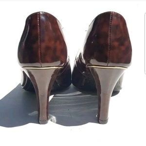 i heart comfort Shoes - I Heart Comfort Womens Heels Size 9M Slip-on Brown